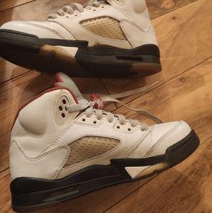 Fixer upper basketball air Jordan retro 5